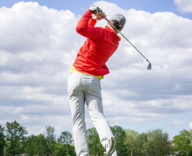 ゴルフスイングは軸が大切と言われるけど軸って何?その意識とは?